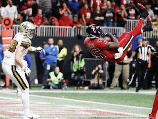Jones made a fantastic game saving, as Falcons won Saints 20-17