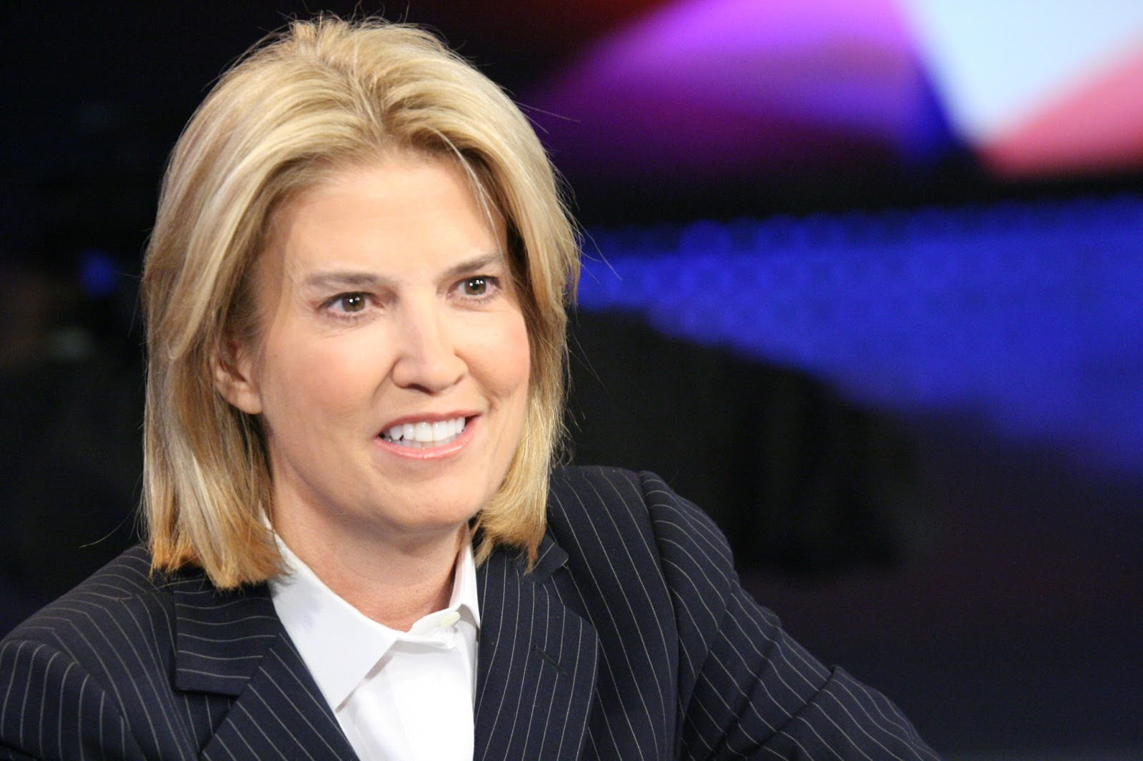 Biography Greta Van Susteren - American Commentator joins MSNBC to host new evening show For the Record