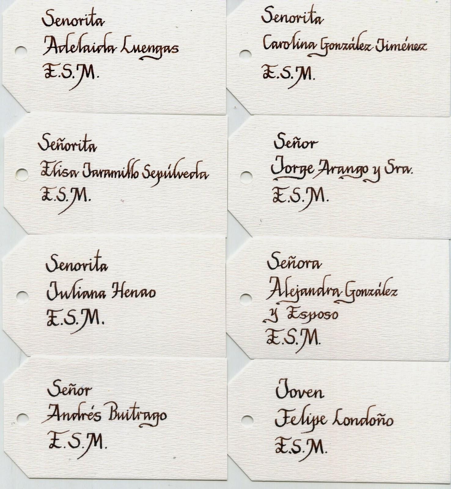 tarjetas marcadas con caligrafa para una boda