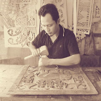 Ukir Kayu Dari Lampung
