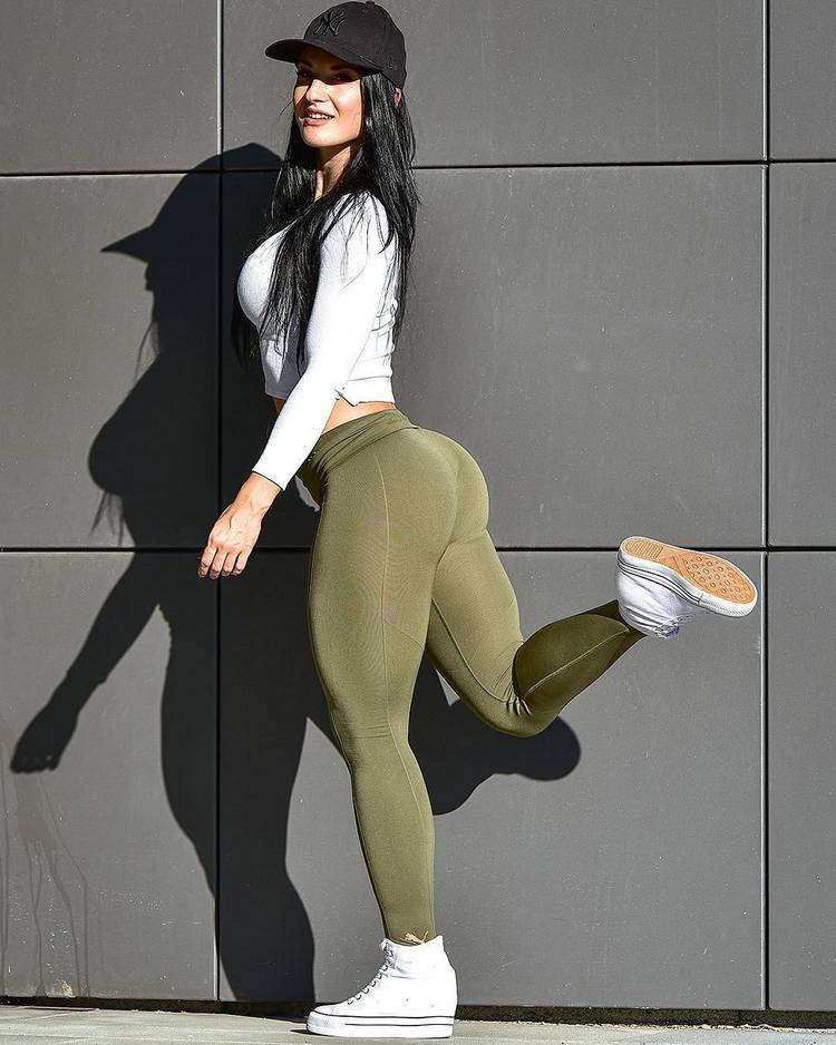Inspiring Fitness Models_Valerija Slapnik