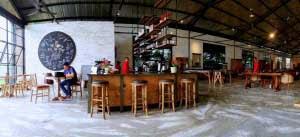 tempat nongkrong epic cafe