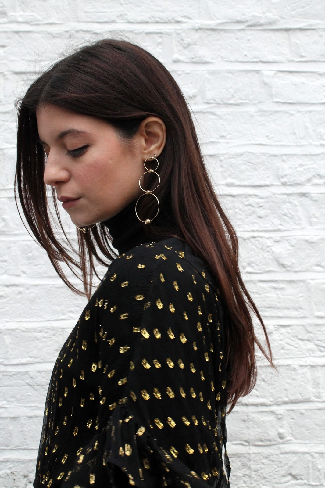sheer dress, polka dot, gold and black, fbloggers, fashion blogger style, miss selfridge dress, uniqlo turtleneck, microinfluencer, gold earrings, minimal earrings, h&m earrings