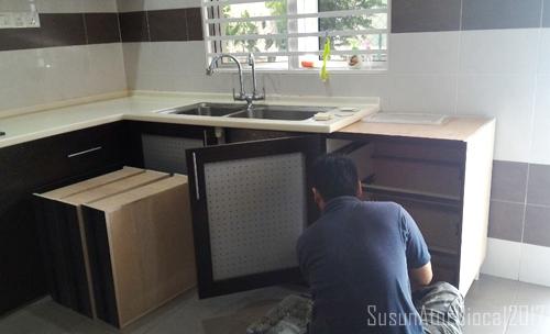 Mula Ah Keong Pekerja Sub Con Recon Stone Cabut Papan Hujung Ni Dulu Ambil Ukuran Segala Dan Datang Esoknya Untuk Pasang