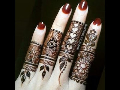 Mehndi on fingers