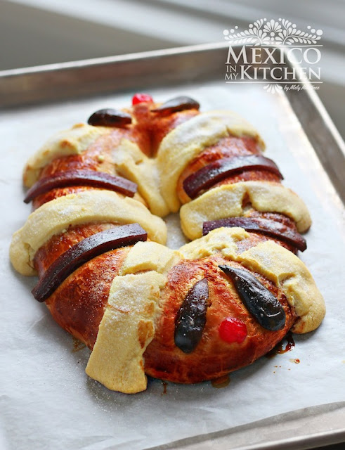 Three Kings bread Rosca de reyes recipe