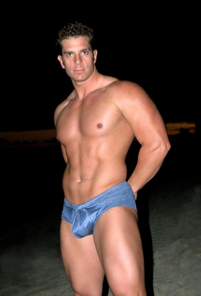 Celebrity Bobby Ryan Naked Pic