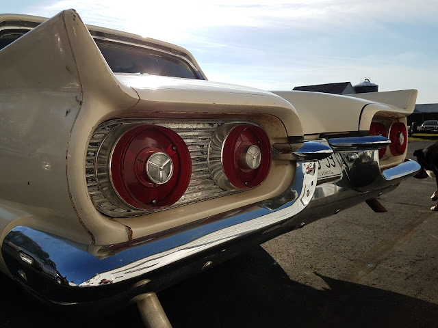 1959_Thunderbird_taillights