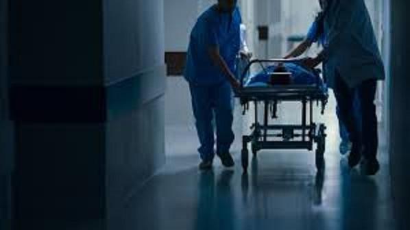 Οι τραυματιοφορείς κάνουν στάση εργασίας  λόγω «τραγικών ελλείψεων»