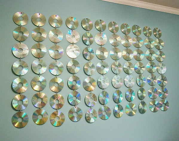 Totally Tutorials Tutorial How To Make A Cd Wall Hanging