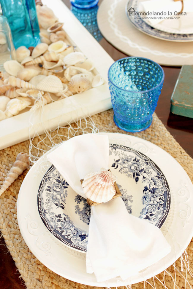 Coastal table with seashells