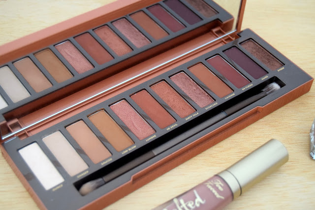 mes essentiels beauté de l'automne the green frog naked heat urban decay