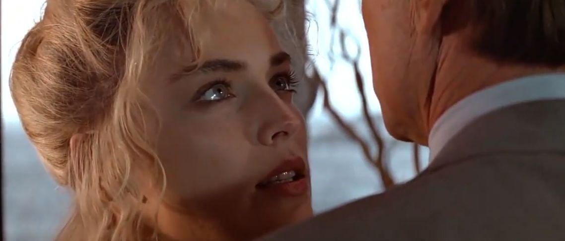 Basic Instinct (1992) Movie Dual Audio {Hindi-English} Download HD