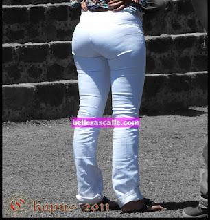Sexy mujer pantalon apretado
