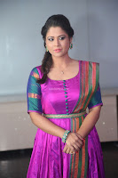 Shilpa Chakravarthy in Purple tight Ethnic Dress ~  Exclusive Celebrities Galleries 047.JPG