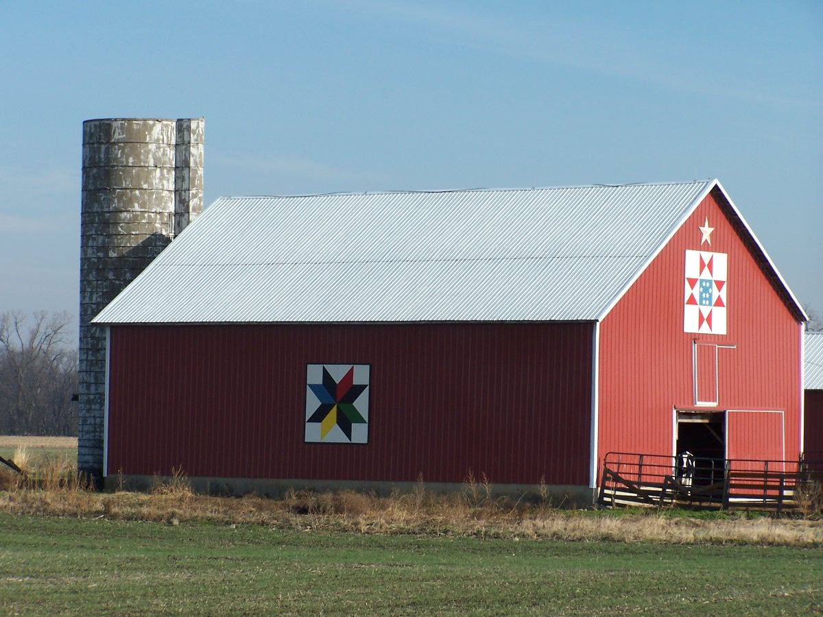 Hancock County, Ohio Barn Quilts: Tuttle- two barn quilt ...