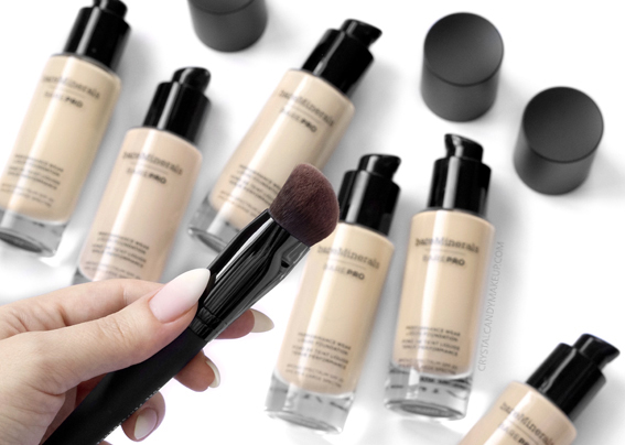 BareMinerals BarePRO Liquid Foundation Luxe Performance Brush
