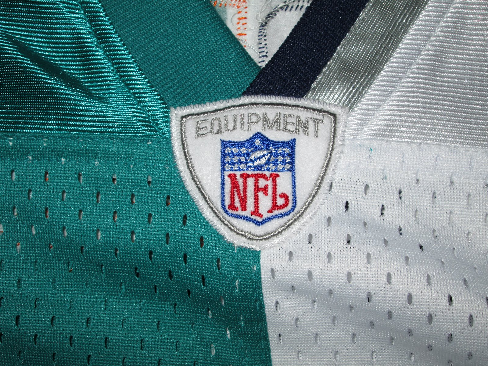 399313c99 Vintage Zach Thomas Miami Dolphins New England Patriots Split Sewn Jersey.  Posted by Vintage10916 at 2 16 PM