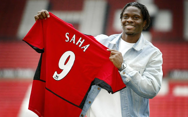 Players has Taken the No.9 at Manchester United - Louis Saha