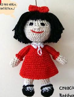 http://creacionesbatiburrillo.blogspot.com.es/2014/11/mafalda-amigurimi-con-patron.html