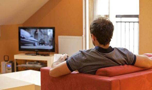 davanti alla TV