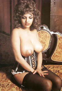Classical Woman Nude Big Tits Shows