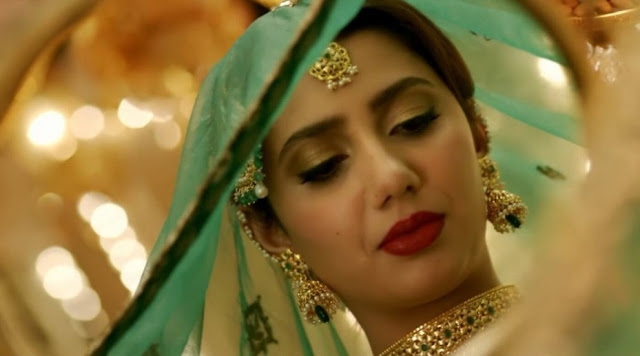 Mahira Khan in Raees, with SRK, nikah scene