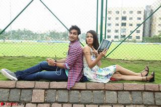 Rukshar Mir romancing Ashish Raj in Aakatayi 02.jpg