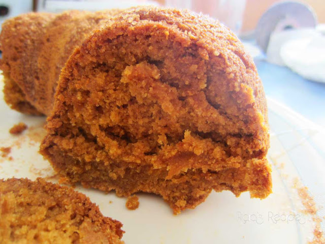 Cinnamon Pumpkin Bundt Cake by Raia's Recipes