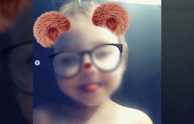 трехлетняя девочка умерла одна в квартире, пока ее поздравляли в соцсетях