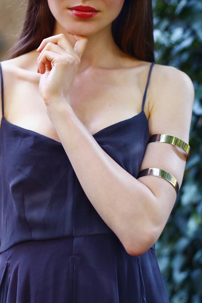 gold arm bracelet outfit