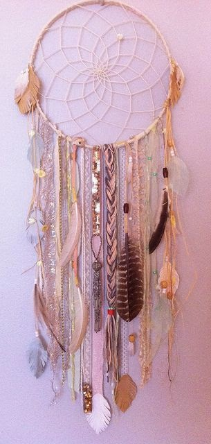 DIY; Making a dreamcatcher