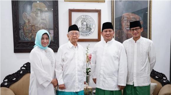 Kunjungi Tebuireng, Prabowo-Sandi Disambut Hangat Gus Sholah