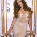 Kelly Brook - Calendario 2012 Foto 8