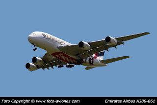 AVIÓN AIRBUS A380 A6-EOT