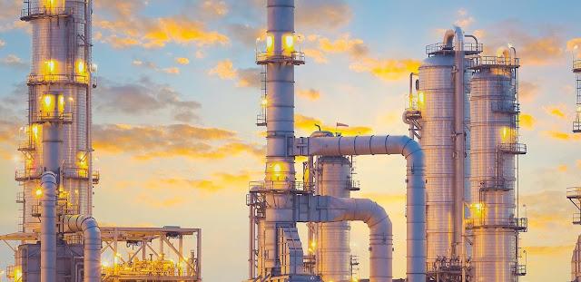 A Arábia Saudita ainda tem uma enorme receita com a produção de petróleo.