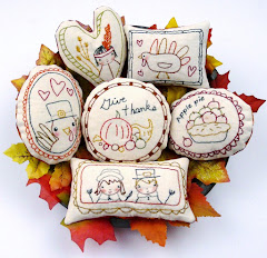 Give Thanks ornament pattern