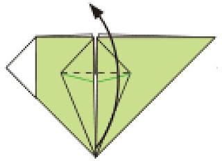 Bước 10: Gấp lớp giấy trên cùng hướng lên trên tại vị trí nét đứt