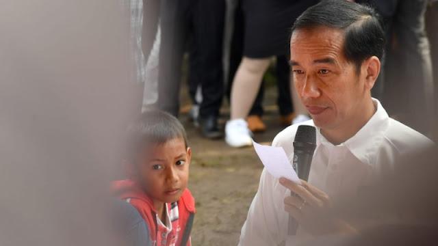 Gerindra Kritik Aksi Bagi-bagi Sembako Jokowi: Seakan-akan Sogokan