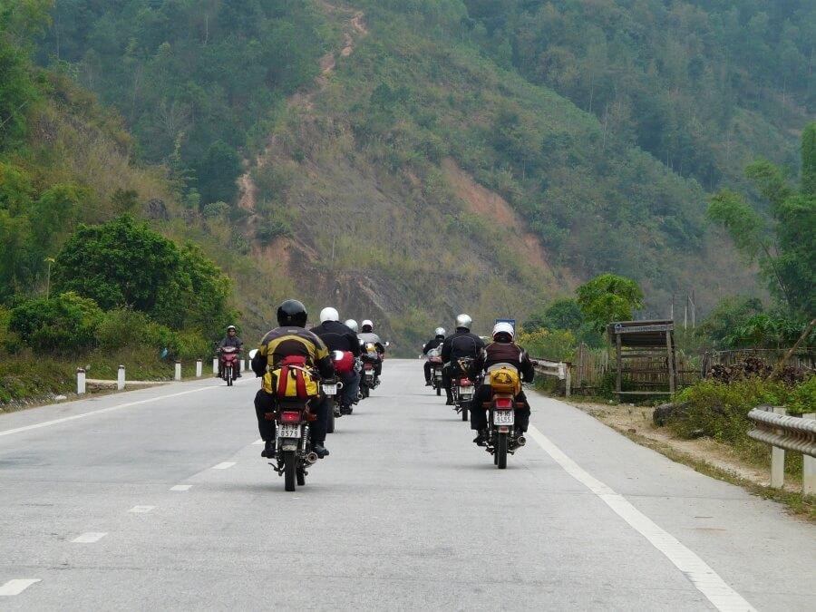 Khoảng cách từ Hà Nội tới Hà Giang bao nhiêu km?