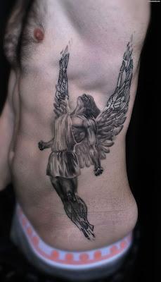 Tatuajes en la costilla para hombres