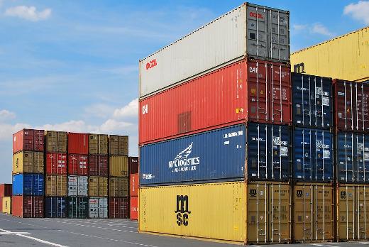 Las exportaciones de la Comunitat Valenciana crecen un 4% en enero-octubre