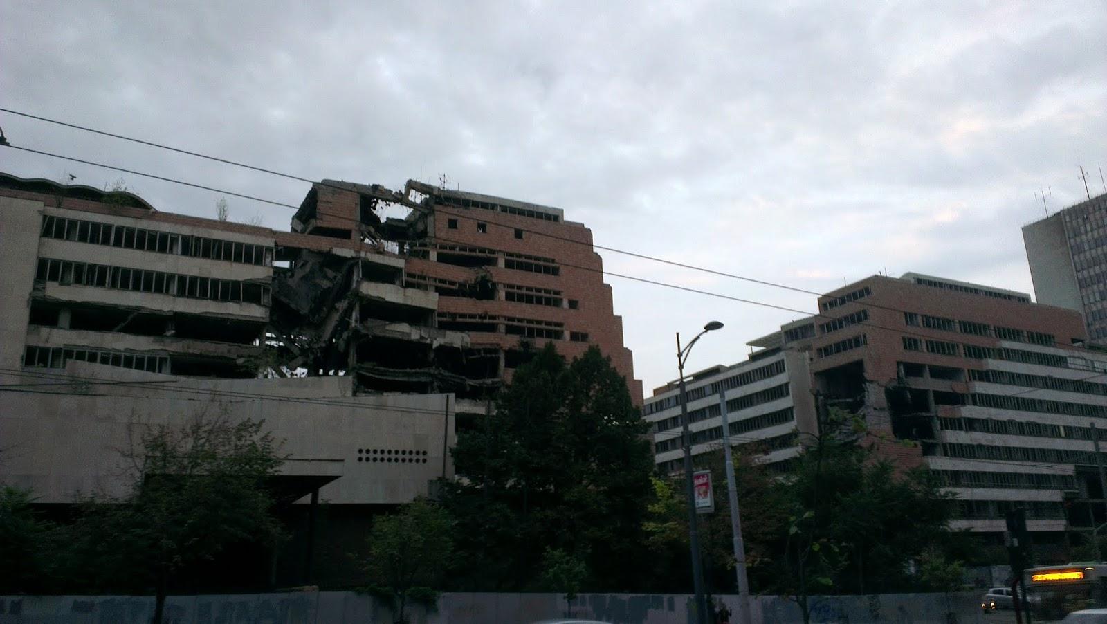Edificios destruidos y bombardeados por la Otan en Belgrado