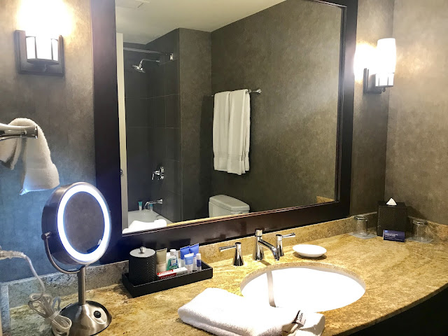 HyattRegency, BellevueWA, hotelreview, luxurytravelinfluencer