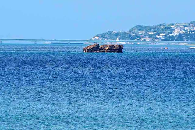 Kouri Island Bridge, rock at sea, Kunigami, Yanbaru, Okinawa