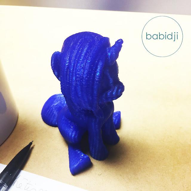 Cadeau d'un collègue de bureau : licorne imprimée en 3D