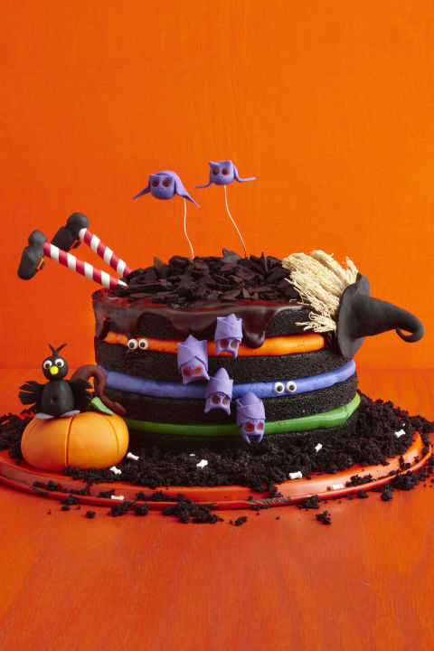 Black Chocolate Witch Cake, Halloween Cake designs,  Recipes, ideas about Halloween cakes