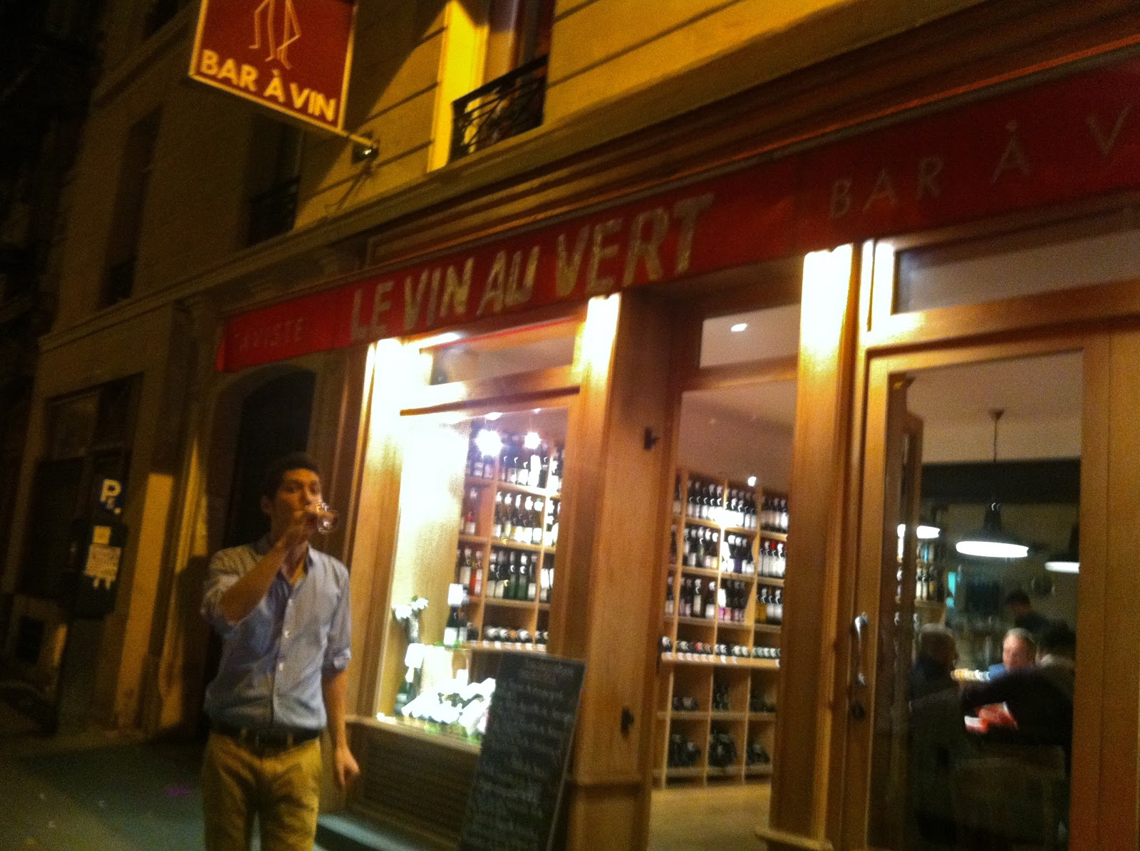 Bar A Manger Not Drinking Poison In Paris More Than Enough Le Vin Au Vert 75009