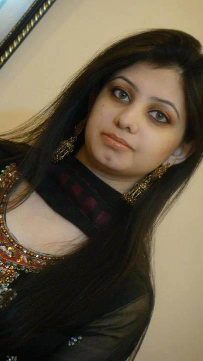 Pakistani Desi Girls Pictures  South Indian Actresses Pics-7971
