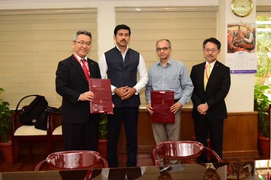 MoU signed between FTII and Canon to promote short courses in Film & Television